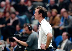 04-01-2006 VOLLEYBAL: CHAMPIONS LEAGUE ROESELARE - NESSELANDE: ROESELARE<br /> De ploeg van coach Peter Blangé bracht de cruciale uitwedstrijd tegen Knack Roeselare, al geplaatst, tot een goed einde: 3-2 / Peter Blange<br /> ©2005-WWW.FOTOHOOGENDOORN.NL