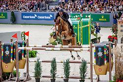 VERLOOY Jos (BEL), Igor<br /> Genf - CHI Geneve Rolex Grand Slam 2019<br /> Rolex Grand Prix<br /> Internationale Springprüfung mit Stechen<br /> International Jumping Competition 1m60<br /> Grand Prix Against the Clock with Jump-Off<br /> 15. Dezember 2019<br /> © www.sportfotos-lafrentz.de/Stefan Lafrentz