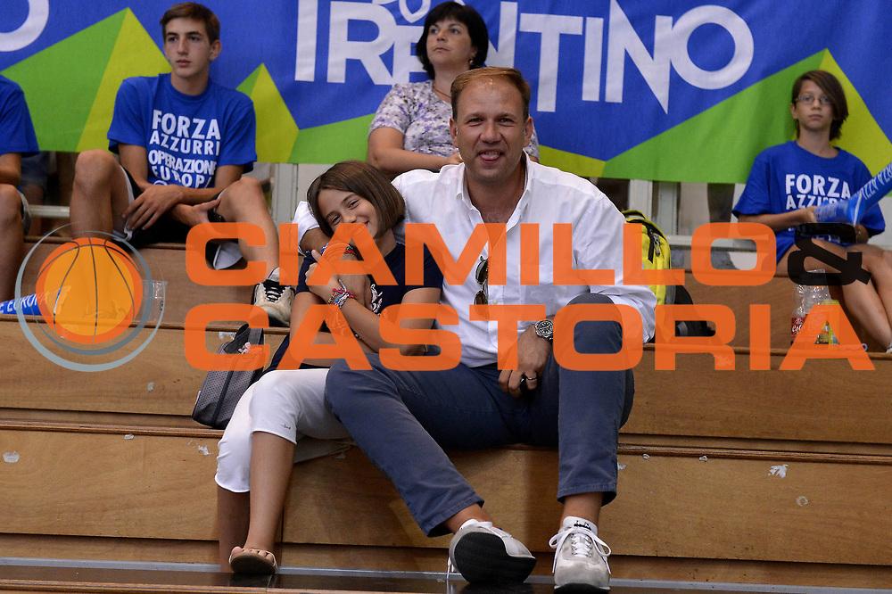 DESCRIZIONE : Trento Basket Cup 2013 Italia Israele<br /> GIOCATORE : <br /> CATEGORIA : Tifosi<br /> SQUADRA : Nazionale Italia Uomini Maschile<br /> EVENTO : Trento Basket Cup 2013 Italia Israele<br /> GARA : Italia Israele<br /> DATA : 08/08/2013<br /> SPORT : Pallacanestro<br /> AUTORE : Agenzia Ciamillo-Castoria/GiulioCiamillo<br /> Galleria : FIP Nazionali 2013<br /> Fotonotizia : Trento Basket Cup 2013 Italia Israele<br /> Predefinita :