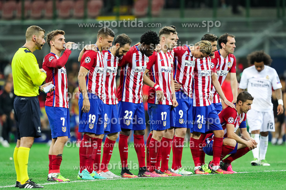 Antoine Griezmann of Atlético, Lucas Hernández of Atlético, Juanfran of Atlético, Thomas Partey of Atlético, Saúl Ñíguez of Atlético, Fernando Torres of Atlético, Yannick Carrasco of Atlético, Diego Godín of Atlético during penalty shots at football match between Real Madrid (ESP) and Atlético de Madrid (ESP) in Final of UEFA Champions League 2016, on May 28, 2016 in San Siro Stadium, Milan, Italy. Photo by Vid Ponikvar / Sportida