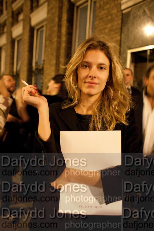 SARA BRAJOVIC, 30 Years Of i-D - book launch. Q Book 5-8 Lower John Street, London . 4 November 2010. -DO NOT ARCHIVE-© Copyright Photograph by Dafydd Jones. 248 Clapham Rd. London SW9 0PZ. Tel 0207 820 0771. www.dafjones.com.