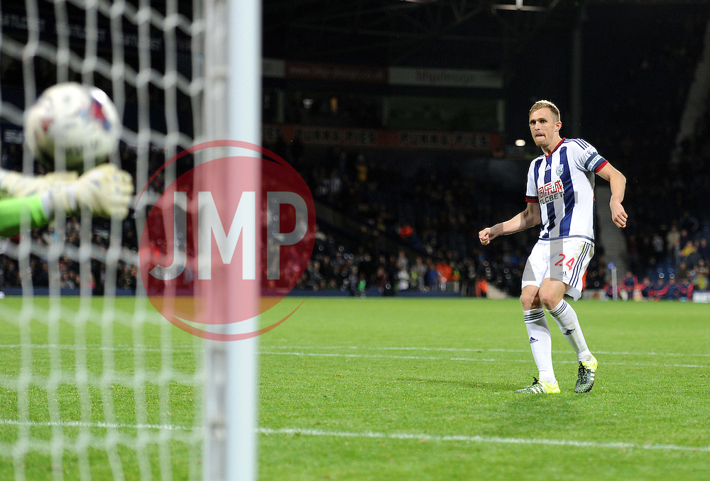 West Bromwich Albion's Darren Fletcher scores his penalty. - Mandatory byline: Alex James/JMP - 07966386802 - 25/08/2015 - FOOTBALL - The Hawthorns -Birmingham,England - West Brom v Port Vale - Capital One Cup