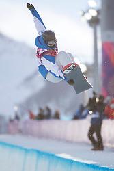 12.02.2014, Rosa Khutor Extreme Park, Krasnaya Polyana, RUS, Sochi, 2014, Snowboard Halfpipe Damen, im Bild Mirabelle Thovex (FRA) // during Ladies Snowboard Halfpipe the Olympic Winter Games Sochi 2014 at the Rosa Khutor Extreme Park in Krasnaya Polyana, Russia on 2014/02/12. EXPA Pictures © 2014, PhotoCredit: EXPA/ Freshfocus/ Michael Zanghellini<br /> <br /> *****ATTENTION - for AUT, SLO, CRO, SRB, BIH, MAZ only*****