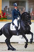 Dunja Constant - Wijdewormers Olgert<br /> Europees Kampioenschap Fries Paard 2017<br /> © DigiShots