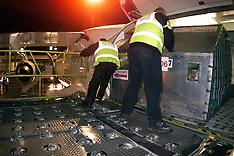 Royal Mail load plane 2000