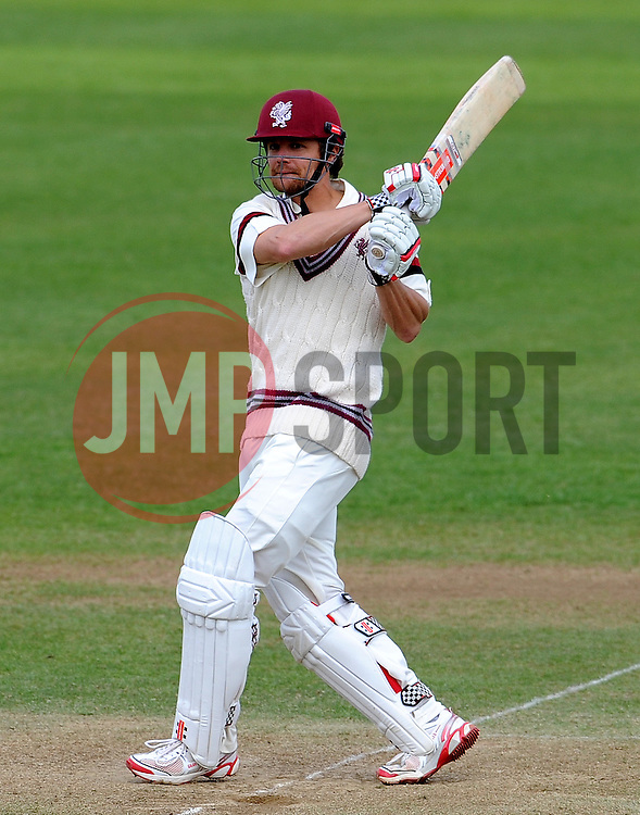 Somerset's James Hildreth pulls the ball. - Photo mandatory by-line: Harry Trump/JMP - Mobile: 07966 386802 - 28/04/15 - SPORT - CRICKET - LVCC Division One - County Championship - Somerset v Middlesex - Day 3 - The County Ground, Taunton, England.