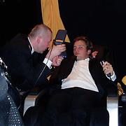 Miljonairfair 2004, Winston gerstanowitz in relaxstoel