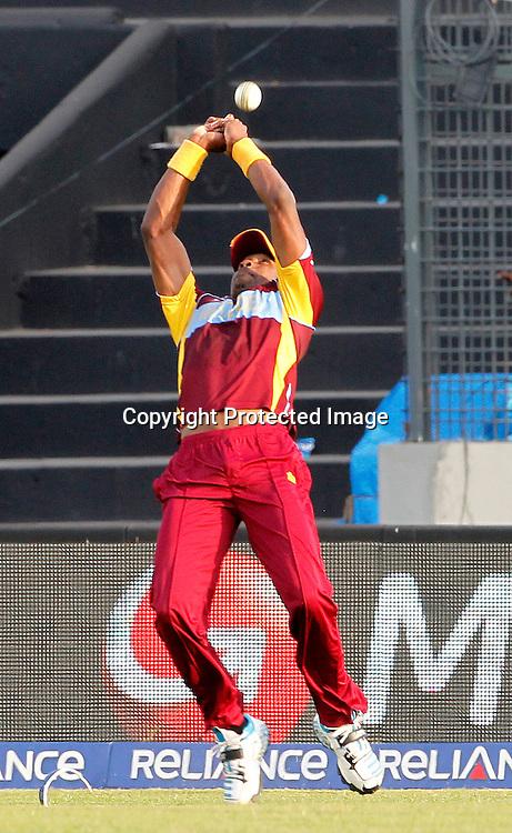 Dwayne Bravo misses catch - West Indies v Australia, ICC World Twenty20, Bangladesh 2014. 28 March 2014, Sher-e-Bangla National Cricket Stadium, Mirpur. Photo: Shamsul hoque Tanku/www.photosport.co.nz