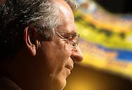 SAO PAULO - 29.09.2012. ANDREA MATARAZZO 45450. O candidato a vereador Andrea Matarazzo e o candidato a prefeito José Serra, participam de comício realizado no Largo Treze em Santo Amaro, Zona Sul.  São Paulo, Brasil, setembro 29, 2012. DANIEL GUIMARÃES