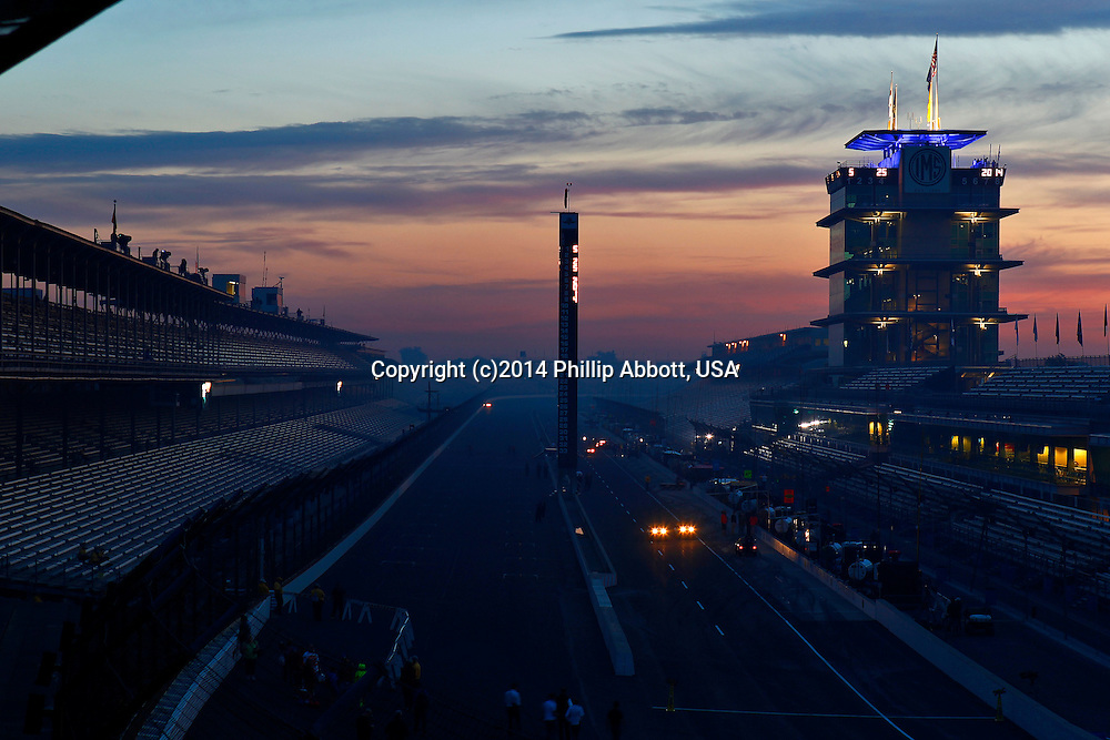 25 May, 2014, Indianapolis, Indiana, USA<br /> Race day sunrise over Indianapolis Motor Speedway<br /> &copy;2014, Phillip Abbott<br /> LAT Photo USA