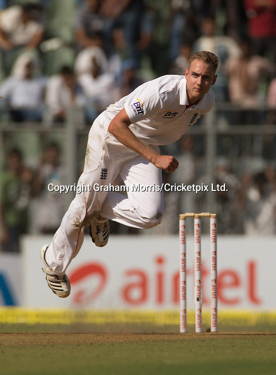 Stuart Broad bowls during the second Test Match between India and England at the Wankhede Stadium, Mumbai. Photograph: Graham Morris/cricketpix.com (Tel: +44 (0)20 8969 4192; Email: sales@cricketpix.com) Ref. No. 12560m23  23/11/12