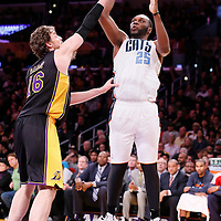 31 January 2014: Charlotte Bobcats center Al Jefferson (25) takes a jumpshot over Los Angeles Lakers center Pau Gasol (16) during the Charlotte Bobcats 110-100 victory over the Los Angeles Lakers at the Staples Center, Los Angeles, California, USA.