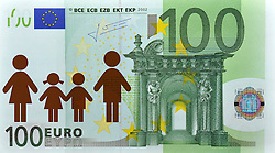 SYMBOLBILD - Krankengeld, Behindertenkosten, Kosten fuer Krankenkassen, 100 EURO Geldschein, Banknote, Vorderseite mit Pictogramm Familie // SYMBOL PICTURE - sick leave, disability costs, costs for health insurance, 100 EURO Paper Currency, banknote, front with Family sign. EXPA Pictures © 2013, PhotoCredit: EXPA/ Eibner/ Michael Weber<br /> <br /> ***** ATTENTION - OUT OF GER *****