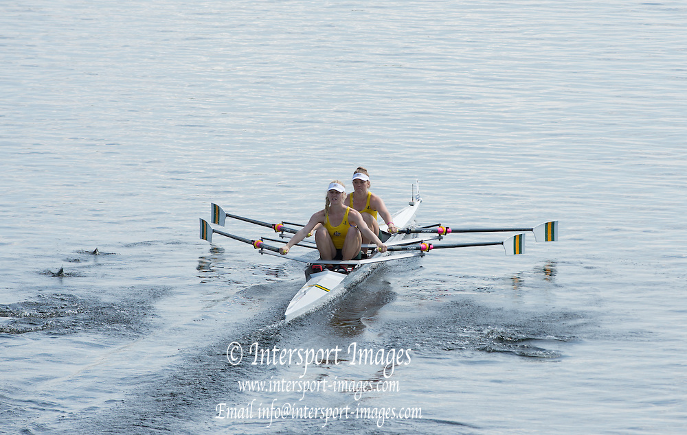 Hamburg. GERMANY. AUS JW2X. Geogia SEIDEL and Bridget BADENOCH, start.  Friday, Morning Quarter Finals at the 2014 FISA Junior World rowing. Championships.  12:31:47  Friday  08/08/2014  [Mandatory Credit; Peter Spurrier/Intersport-images]