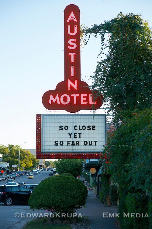 Austin Motel sign.