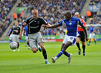 Photo: Tony Oudot/Richard Lane Photography. Leicester City v Derby County. Coca Cola Championship. 17/10/2009<br /> Lloyd Dyer of Leicester City gets in a shot watched by Fredrik Stoor of Derby.