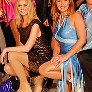 NLD/Utrecht/20110126 - Perspresentatie Sterren Dansen op het IJs 2011, Nance Coolen en Jenny Smit