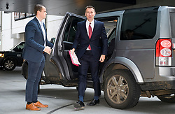 © Licensed to London News Pictures. 25/11/2018. London, UK. British Foreign Secretary JEREMY HUNT arrives at BBC Broadcasting House to appear on The Andrew Marr Show. Photo credit: Ben Cawthra/LNP