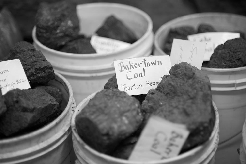 Coal categorized in buckets