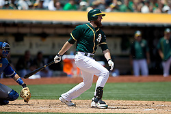 OAKLAND, CA - JULY 23:  Ike Davis #17 of the Oakland Athletics at bat against the Toronto Blue Jays during the fourth inning at O.co Coliseum on July 23, 2015 in Oakland, California. The Toronto Blue Jays defeated the Oakland Athletics 5-2. (Photo by Jason O. Watson/Getty Images) *** Local Caption *** Ike Davis