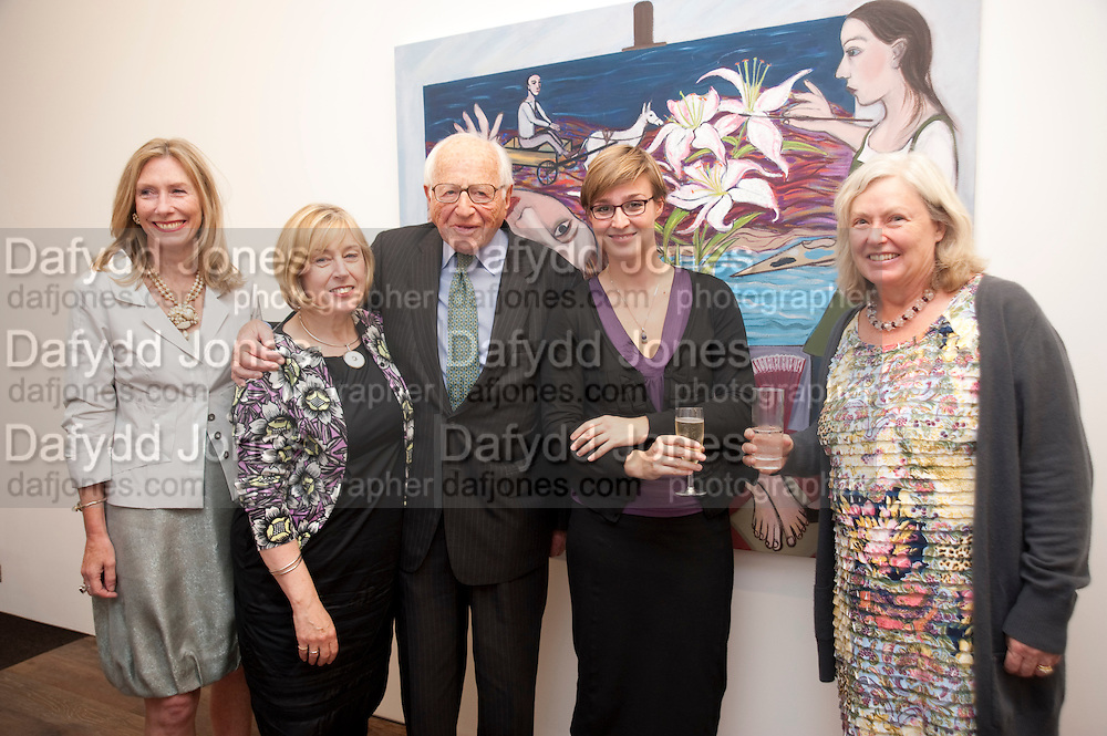 CLARE COOPER; EILEEN COOPER; SIR RONALD GRIERSON; PHOEBE MILES; CLARE SPOTTISWOODE, , ' Showing Off' Exhibition of work by Eileen Cooper. Art First. 21 Eastcastle St. London. W1W 8DD.<br /> <br />  , -DO NOT ARCHIVE-&copy; Copyright Photograph by Dafydd Jones. 248 Clapham Rd. London SW9 0PZ. Tel 0207 820 0771. www.dafjones.com.