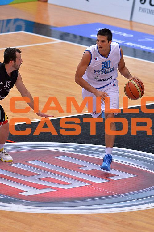 DESCRIZIONE : Trento Nazionale Italia Uomini Trentino Basket Cup Italia Germania Italy Germany<br /> GIOCATORE : Andrea Cinciarini<br /> CATEGORIA : Palleggio<br /> SQUADRA : Italia Italy<br /> EVENTO : Trentino Basket Cup<br /> GARA : Italia Germania Italy Germany<br /> DATA : 10/07/2014<br /> SPORT : Pallacanestro<br /> AUTORE : Agenzia Ciamillo-Castoria/GiulioCiamillo<br /> Galleria : FIP Nazionali 2014<br /> Fotonotizia : Trento Nazionale Italia Uomini Trentino Basket Cup Italia Germania Italy Germany