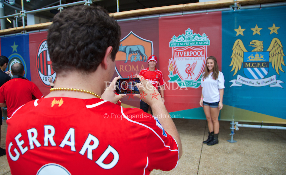 MIAMI, USA - Monday, August 4, 2014: Supporters outside the stadium before the International Champions Cup Final match between Liverpool and Manchester United at the SunLife Stadium on day fifteen of the club's USA Tour. (Pic by David Rawcliffe/Propaganda)