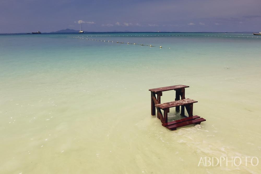 koh phi phi don lei thailand