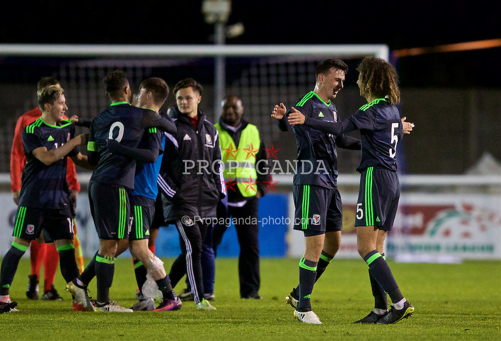 BANGOR, WALES - Saturday, November 12, 2016: Wales' Thomas Harris and Ethan Ampadu celebrate their side's 3-2 victory over England during the UEFA European Under-19 Championship Qualifying Round Group 6 match at the Nantporth Stadium. (Pic by Gavin Trafford/Propaganda)