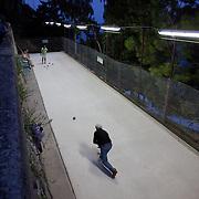 Italian ball game, Amalfi Coast, Italy. Joueurs de boules, Côte Amalfitaine, Italie.