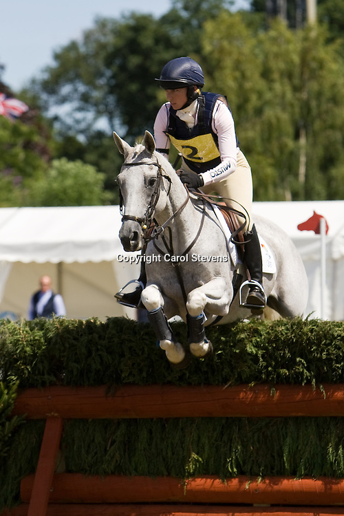 Phoebe Buckley and Little Tiger  Express Eventing 2010