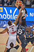 Dustin Houge<br /> Dolomiti Energia Aquila Basket Trento - Umana Reyer Venezia<br /> Lega Basket Serie A 2016/2017<br /> PalaTrento 05/02/2017<br /> Foto Ciamillo-Castoria