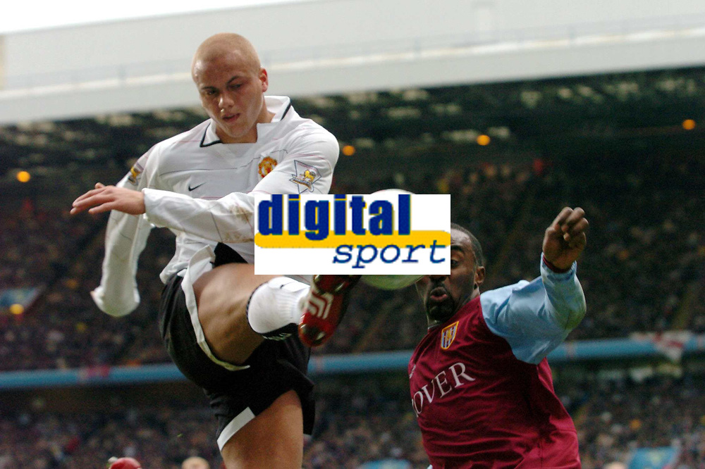 Fotball<br /> FA-cup England 2004<br /> 04.01.2004<br /> Foto: Digitalsport<br /> Norway Only<br /> <br /> Aston Villa v Manchester United<br /> WES BROWN MANCHESTER UNITED<br /> DARIUS VASSELL ASTON VILLA