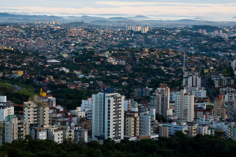 Belo Horizonte_MG, Brasil...Bairro Buritis em Belo Horizonte...Buritis neighborhood in Belo Horizonte...Foto: LEO DRUMOND / NITRO