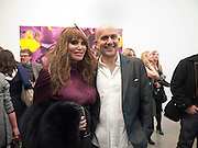 ALLANAH STARR; MARC QUINN, Marc Quinn exhibition opening. Allanah, Buck, Catman, Michael, Pamela and Thomas. White Cube Hoxton Sq. London. 6 May 2010.  *** Local Caption *** -DO NOT ARCHIVE-© Copyright Photograph by Dafydd Jones. 248 Clapham Rd. London SW9 0PZ. Tel 0207 820 0771. www.dafjones.com.<br /> ALLANAH STARR; MARC QUINN, Marc Quinn exhibition opening. Allanah, Buck, Catman, Michael, Pamela and Thomas. White Cube Hoxton Sq. London. 6 May 2010.
