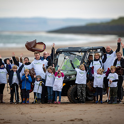 SSE Renewables doing the beach clean in Carnoustie.