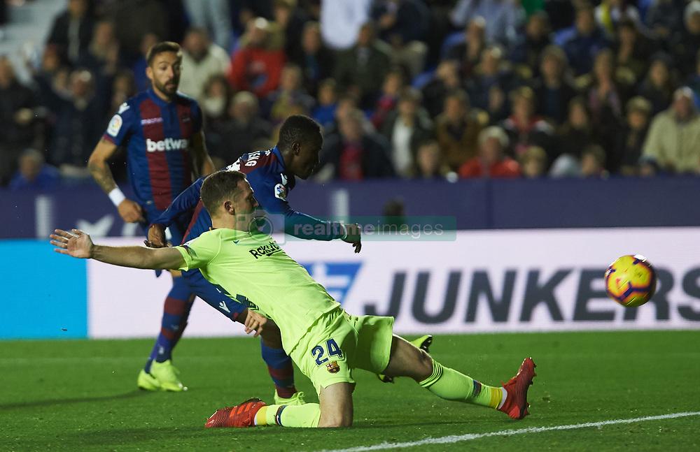 صور مباراة : ليفانتي - برشلونة 0-5 ( 16-12-2018 )  20181216-zaa-n230-368