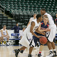 Guard Dexter Walker (5) pushes up past a pick set by teammate Devonte Majors (3)