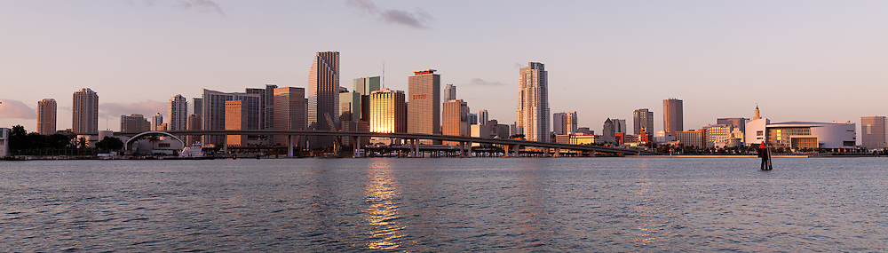 Downtown Miami, Florida office, condo and hotel buildings along Biscayne Boulevard between the Miami River and the American Airlines Arena. WATERMARKS WILL NOT APPEAR ON PRINTS OR LICENSED IMAGES.
