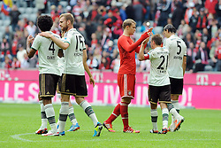 14.09.2013, Allianz Arena, Muenchen, GER, 1. FBL, FC Bayern Muenchen vs Hannover 96, 5. Runde, im Bild Freude nach dem Arbeitssieg gegen hannover 96. v.l. Dante (FC Bayern Muenchen), Jan Kirchhoff (FC Bayern Muenchen), Torwart Manuel Neuer (FC Bayern Muenchen), Philipp Lahm (FC Bayern Muenchen) und Daniel van Buyten (FC Bayern Muenchen), // during the German Bundesliga 5th round match between FC Bayern Muenchen vs Hannover 96 at the Allianz Arena in Munich, Germany on 2013/09/14. EXPA Pictures © 2013, PhotoCredit: EXPA/ Eibner/ Wolfgang Stuetzle<br /> <br /> ***** ATTENTION - OUT OF GER *****