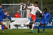 21.09.2017; Niederhasli; FUSSBALL U16 - Schweiz - Italien;<br /> Willy Vogt (SUI) Romaric Emeric Guedegbe (ITA) <br /> (Andy Mueller/freshfocus)