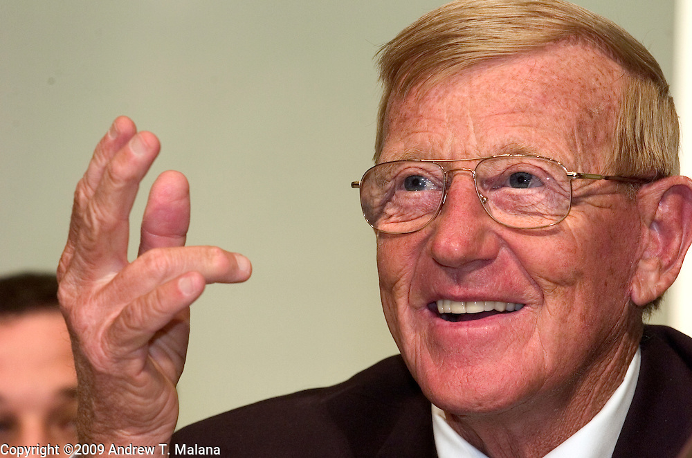20-FEB-09 Tokyo, Japan.Former Notre Dame head coach Lou Holtz speaks at a press conference at Tokyo Dome, Tokyo, Japan. Holtz will lead the Notre Dame Fighting Irish Legends against Japan's National American Football team in the Notre Dame Japan Bowl, July 25, 2009 at Tokyo Dome.