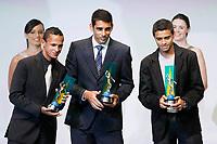 """20091207: RIO DE JANEIRO, BRAZIL - Brazilian Football Awards 2009 (""""Craque Brasileirao 2009""""), held at the Museum of Modern Art in Rio de Janeiro. In picture: L-R - Souza (Gremio, 3rd),  Diego Souza (Palmeiras) - Best right midfielder, Cleiton Xavier (Palmeiras, 2nd). PHOTO: CITYFILES"""