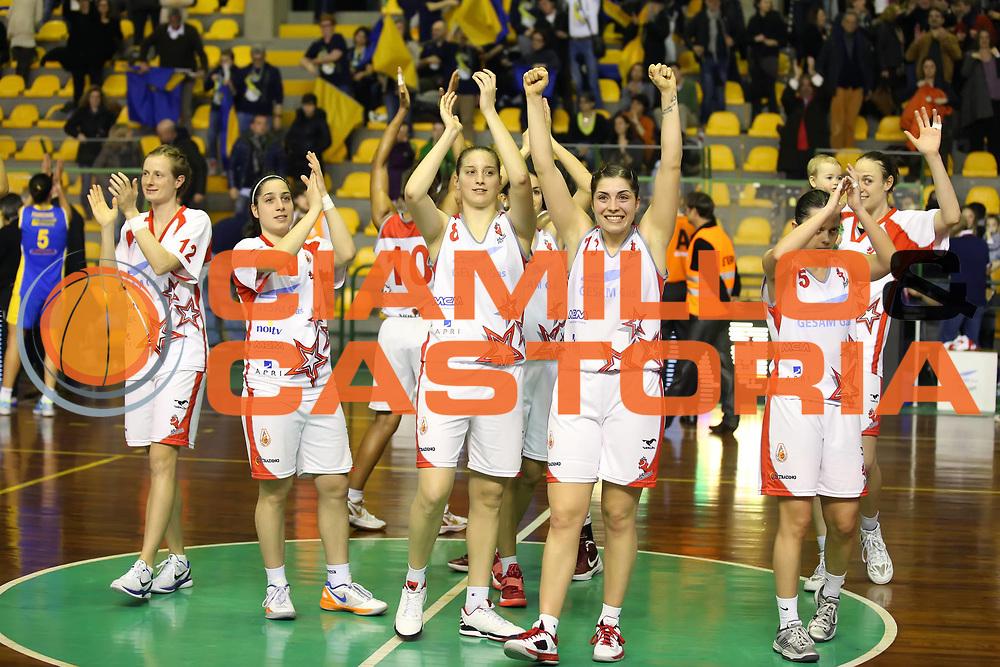 DESCRIZIONE : Lucca Lega A1 Femminile 2012-13 Final Four Coppa Italia 2013 Semifinale Gesam Gas Lucca Lavezzini Parma<br /> GIOCATORE : Benedetta Bagnara Laura Spreafico Francesca Dotto<br /> SQUADRA : Gesam Gas Lucca<br /> EVENTO : Campionato Lega A1 Femminile 2012-2013 <br /> GARA : Gesam Gas Lucca Lavezzini Parma<br /> DATA : 09/03/2013<br /> CATEGORIA : esultanza<br /> SPORT : Pallacanestro <br /> AUTORE : Agenzia Ciamillo-Castoria/ElioCastoria<br /> Galleria : Lega Basket Femminile 2012-2013 <br /> Fotonotizia : Lucca Lega A1 Femminile 2012-13 Final Four Coppa Italia 2013 Semifinale Gesam Gas Lucca Lavezzini Parma<br /> Predefinita :