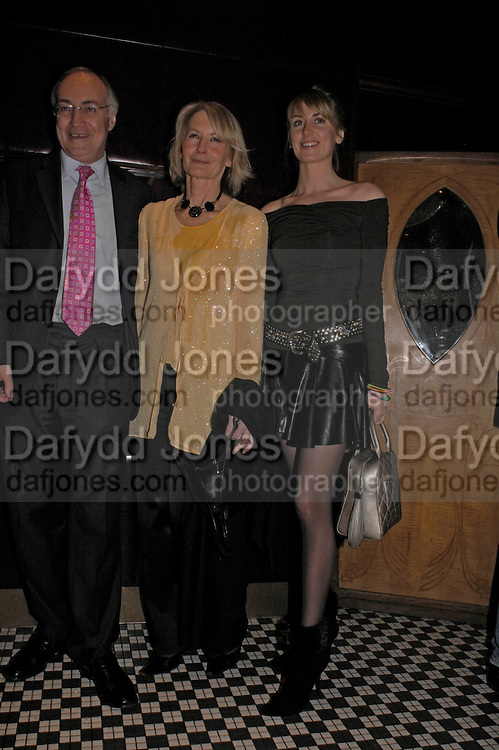 Michael and Sandra Howard withLady Emily Compton. Conservative fund raising dinner hosted  by Marco Pierre White and Franki Dettori at  Frankie's. Knightsbridge. 17 January 2004. ONE TIME USE ONLY - DO NOT ARCHIVE  © Copyright Photograph by Dafydd Jones 66 Stockwell Park Rd. London SW9 0DA Tel 020 7733 0108 www.dafjones.com