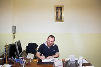 PALERMO, 29 LUGLIO 2015: Padre Antonio Guglielmi nella Parrocchia di Santa Lucia Borgovecchio, a Palermo il 29 luglio 2015.