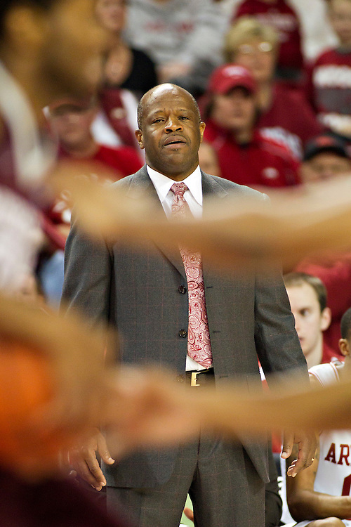 FAYETTEVILLE, AR - JANUARY 7:    Head Coach Mike Anderson of the Arkansas Razorbacks watches his team play defense against the Mississippi State Bulldogs at Bud Walton Arena on January 7, 2012 in Fayetteville, Arkansas.  (Photo by Wesley Hitt/Getty Images) *** Local Caption *** Mike Anderson