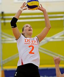 28-12-2013 VOLLEYBAL: TOPVOLLEYBAL TOURNOOI NEDERLAND BELGIE: ALMELO<br /> Nederland wint de eerste wedstrijd met 3-0 van Belgie / Femke Stoltenborg<br /> &copy;2013-FotoHoogendoorn.nl