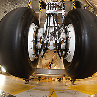 Space Shuttle Endeavour (OV-105) nose landing gear