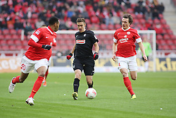 19.01.2013, Coface Arena, Mainz, GER, 1. FBL, 1. FSV Mainz 05 vs SC Freiburg, 18. Runde, im Bild Junior Diaz (Mainz), Max Kruse (SC) und Julian Baumgartlinger (Mainz) // during the German Bundesliga 18th round match between 1. FSV Mainz 05 and SC Freiburg at the Coface Arena, Mainz, Germany on 2013/01/19. EXPA Pictures © 2013, PhotoCredit: EXPA/ Eibner/ Matthias Neurohr..***** ATTENTION - OUT OF GER *****